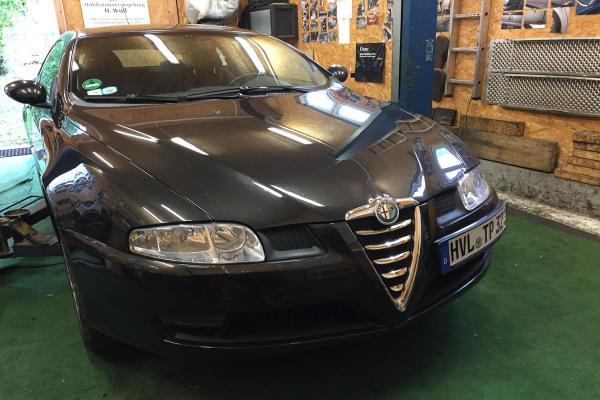 Alfa_Romeo_GT_02