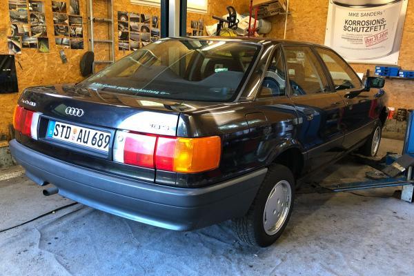 Audi_A4_03_B3_80