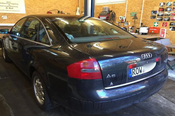 Audi_A6_06_C5