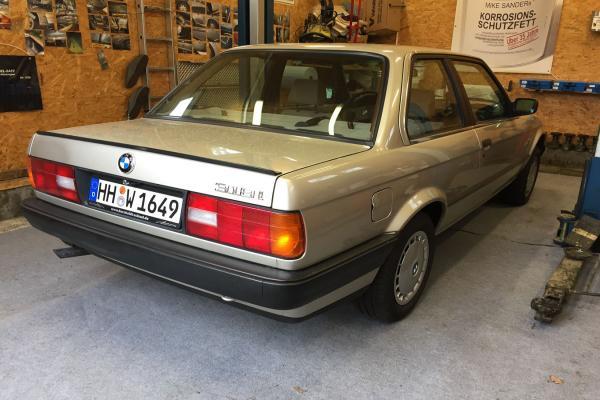 BMW_3er_03_E30
