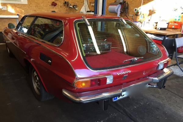 Volvo_1800ES_2